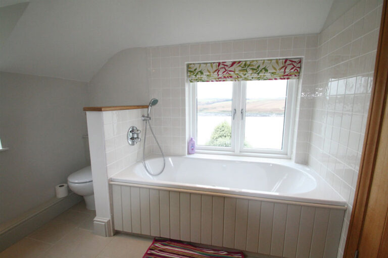 Shared Bathroom with Water Views